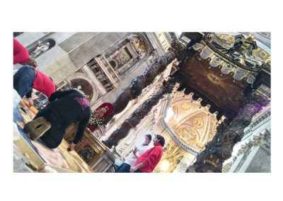 Alfombristas de Elche de la Sierra en el Vaticano